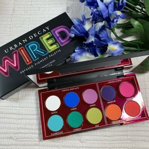 Urban Decay Wired Pressed Pigment Palette
